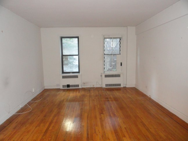 ELEV/LNDRY►82nd/3rd ►CLOSE TO 4/5/6 SUBWAY ►RENO► SEP KITCHEN►BROWNSTONE► GREAT LOCATION