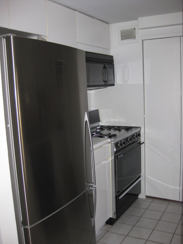 Large 1 Bedroom at a Great price!