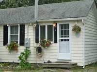 StreetEasy: 1425 Pine Neck Rd  - Rental Apartment Rental in Southold, North Fork