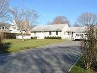 Bridgehampton Village