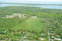 Shelter Island Classic Equestrian Farm on Nearl...