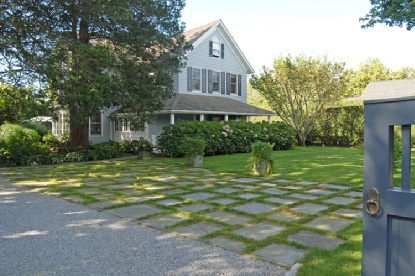 Historic Southampton Village Compound, Elegantl...