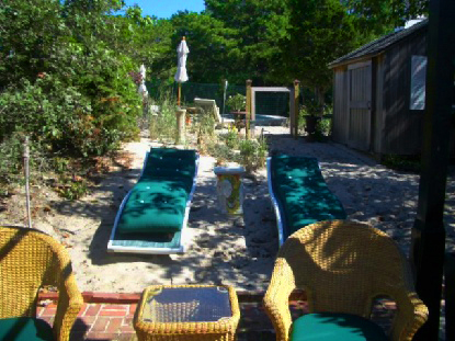 Private Garden Oasis Chateau Amagansett South