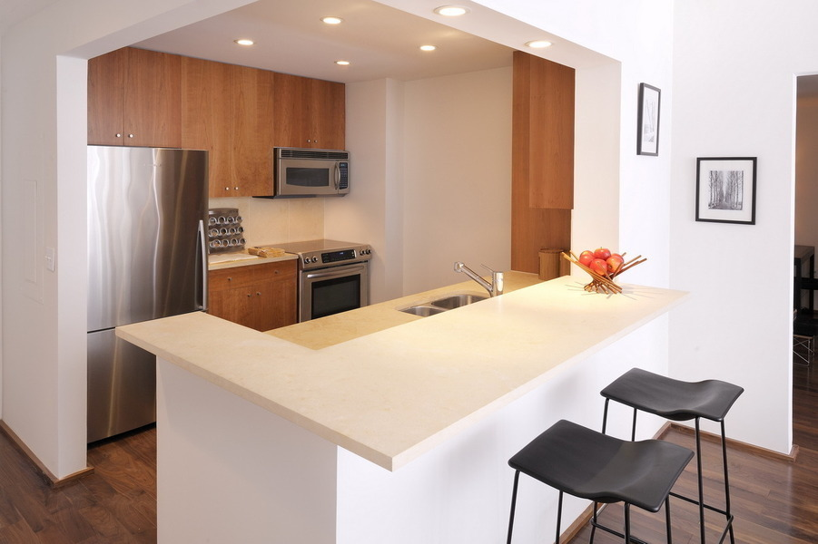 Spacious 2 BDR / 2 BTH Condo in Edgewater w/24hr Concierge, Fitness Center, FREE Parking