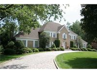 StreetEasy: 813 Sussex Rd  - House Sale in Franklin Lakes, Bergen County