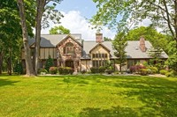 StreetEasy: 7 Christopher Pl.  - House Sale in Saddle River, Bergen County