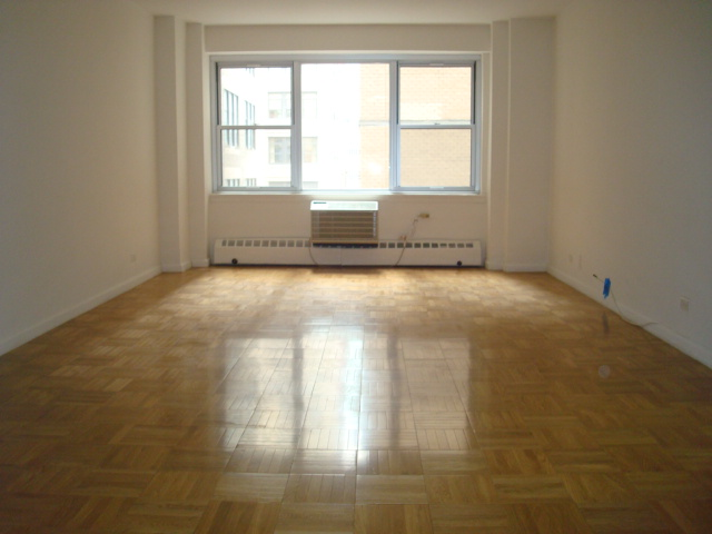 StreetEasy: 300 E 46th St. #14A - Condo Apartment Rental in Turtle Bay, Manhattan