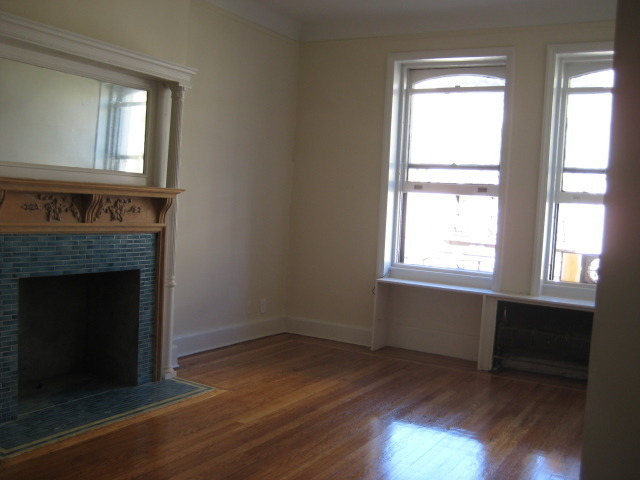 WEST 105TH ST OFF RIVERSIDE COMPLETE RENOVATED ONE BEDOOM WITH BALCONY OFF RIVERSIDE NO FEE