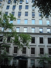 944 Fifth Avenue in Upper East Side