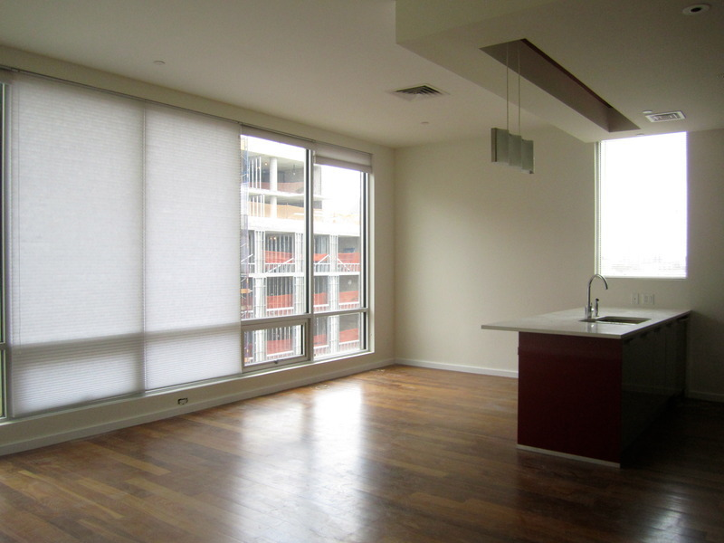 High Floor 2 Bedroom 2 bath with 3 Exposures inlcuding Parking at the Lucent