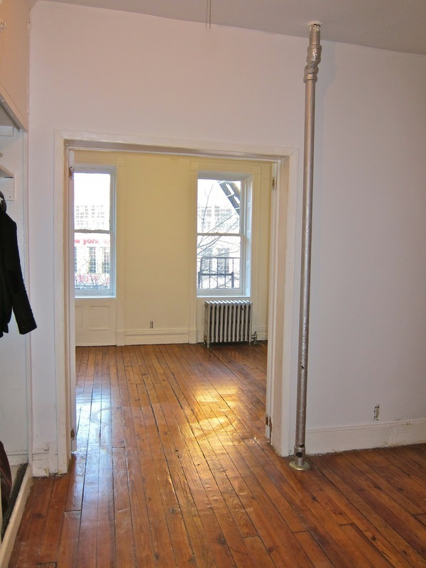 SPRAWLING 4.5 ROOM REAL 1 BED+EXTRA ROOM! First Front-Facing Unit Availability in over 5 years! SWEEPING SHERIDAN SQUARE VIEWS!