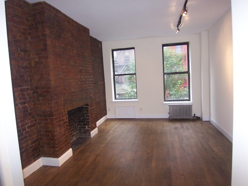 Spectacular south facing 1 bedroom with new renovations.