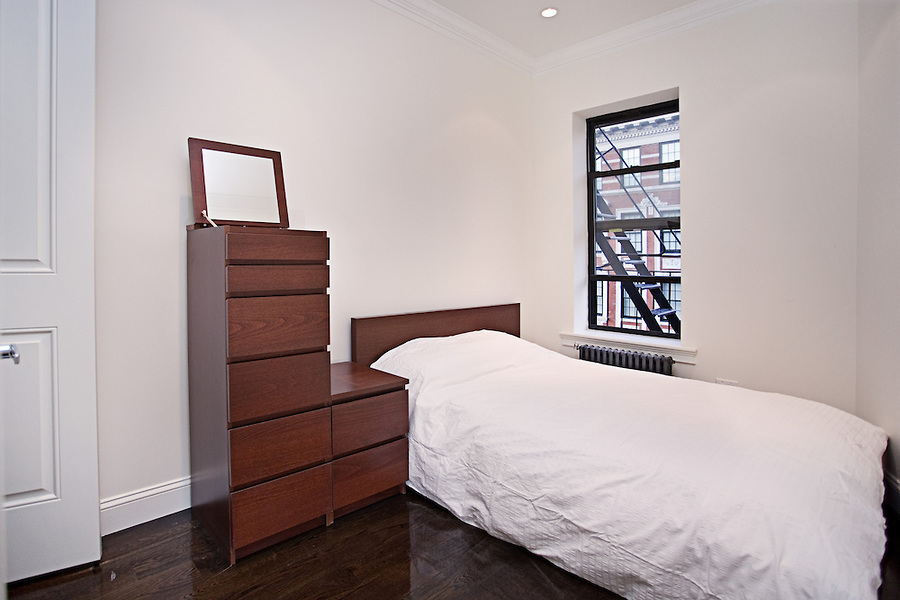 BRAND NEW APARTMENT - REAL 3 Bedroom | 3 Bathroom in PRIME EAST VILLAGE