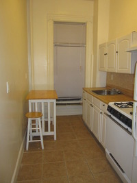 StreetEasy: 20 Vernon Ave. #3 - Rental Apartment Rental in Bedford-Stuyvesant, Brooklyn