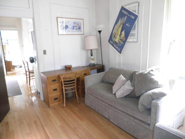 HDFC One Bedroom-Unrenovated-Sep Kit-Income Cap-West 54th Street