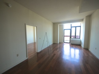 2 Bedroom/2 Baths, Huge Terrace, Open Views! *NO FEE*