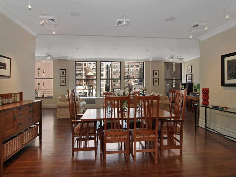 Large Loft Living in Chelsea