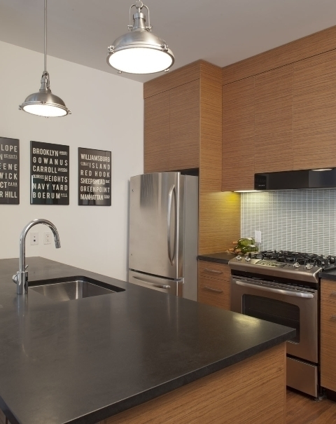 Beautiful Corner Unit - Luxury Loft 2 Bed 2 Bath No Fee/1month free