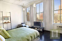 RELAXED ELEGANCE IN PRIME TRIBECA