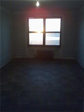 870 Riverside Drive 3BR river views