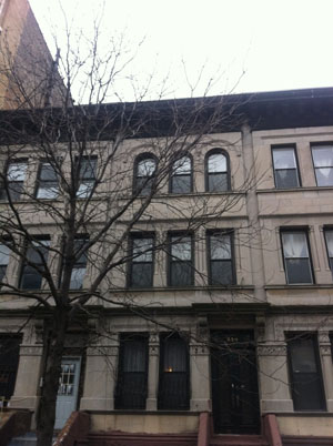 UNBELIEVEABLE HARLEM BROWNSTONE GEM!