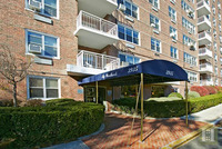 3935 Blackstone Avenue #4K