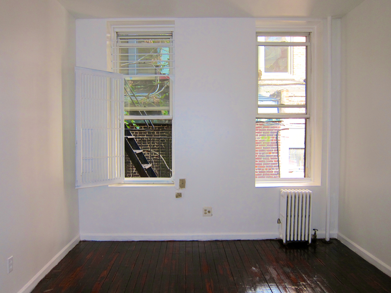 JUST RENOVATED! PERFECT JR 1 In Chelsea! Ready For Immediate/October Move-in! Showing Now