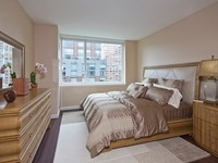 StreetEasy: 200 North End Ave. #5F - Rental Apartment Rental at Liberty Luxe in Battery Park City, Manhattan