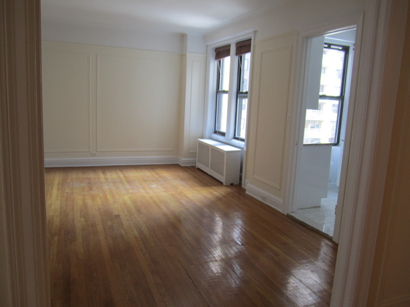 THIS is HOME! UWS Sponsor Unit steps from Riverside Park and 72nd Street!