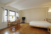 StreetEasy: 95 Christopher St. #3A - Rental Apartment Rental in West Village, Manhattan