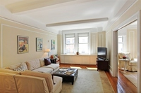 StreetEasy: 11 West 69th St. #5A - Co-op Apartment Sale in Lincoln Square, Manhattan