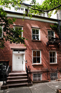 StreetEasy: 61 Perry #DUP - Townhouse Rental in West Village, Manhattan
