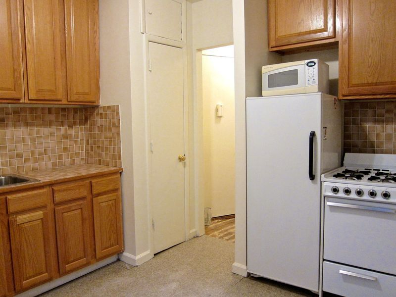 Handsome West 12th Street 2 Bed - The Perfect Share Or 1 Bed + Office! Must-See