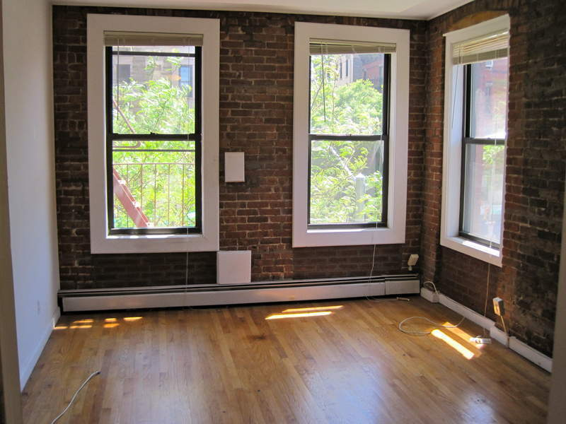 Large, Charming & Sun-Drenched 3-bed/2-bath on UES, W/D & Juliet Balcony - NO FEE & BY OWNER!