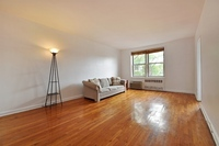 220 Berkeley Place #4J