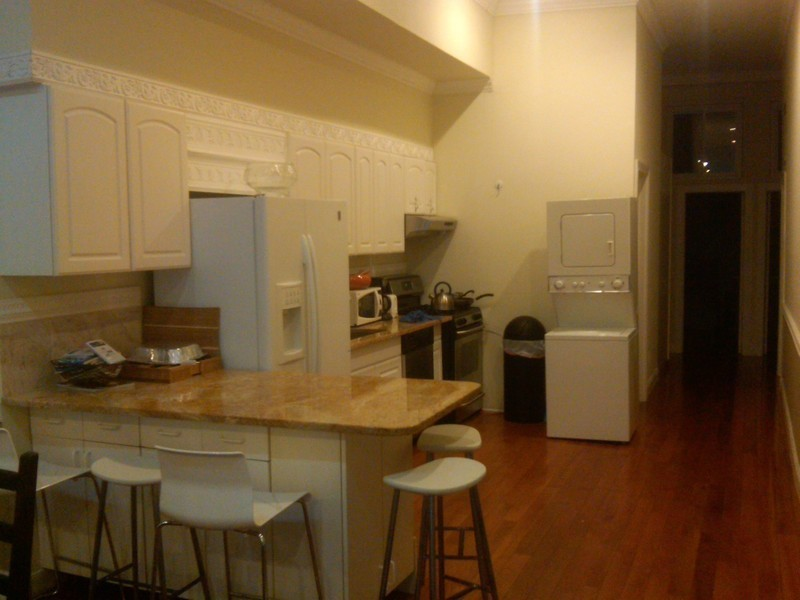 1800sf 4bed/ 2bath loft. W/D IN THE UNIT ELVTR IN THE BLDG