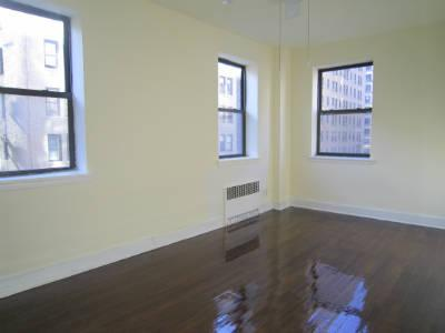 HUGE! UWS 1 Bedroom, Large Foyer Entry, Espresso Stained Floors, Renovated Kitchen, Stainless Steel Appliances