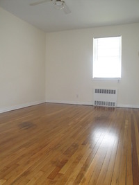 StreetEasy: 32-56 Steinway St. #1 - House Rental in Long Island City, Queens