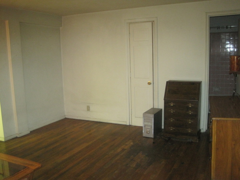 GREAT SIZED RENT STAB. STUDIO WITH OUTDOOR SPACE IN CHELSEA CLINTON