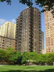 StreetEasy: 1725 York Ave. #4C - Co-op Apartment Sale in Yorkville, Manhattan