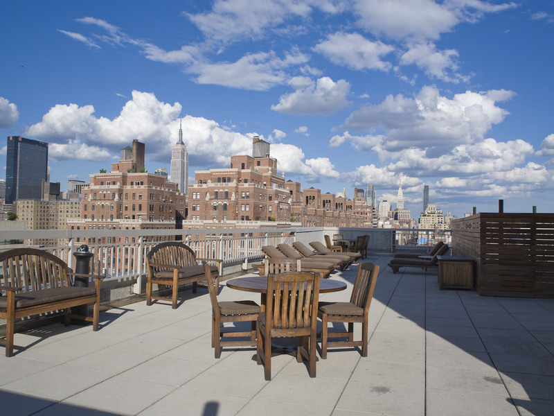 Chelsea 1 bedroom corner overlooking High Line $3395