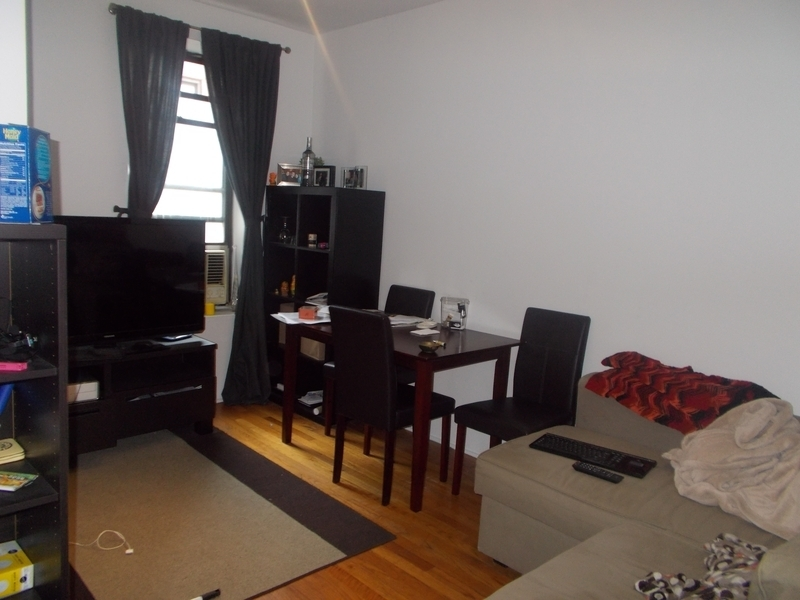 *West Village* Beautiful 1 Bedroom Apartment