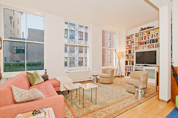 Stunning 2 BR Loft in the Hear of the Village