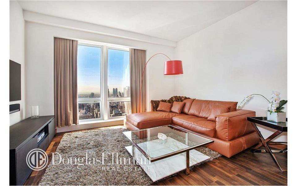 400 Fifth Avenue #46F