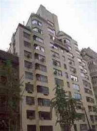25 West 54th Street in Midtown
