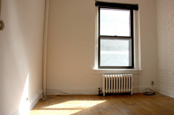 Charming Morning-Sun Filled One bedroom in Kips Bay Prewar Building