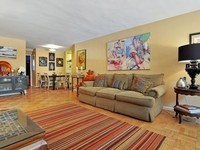 StreetEasy: 233 East 70th St. #2U - Co-op Apartment Sale in Lenox Hill, Manhattan