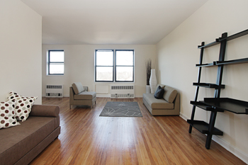 Stunning Top Floor 2 Bedroom/2 Bath w/Terrace!