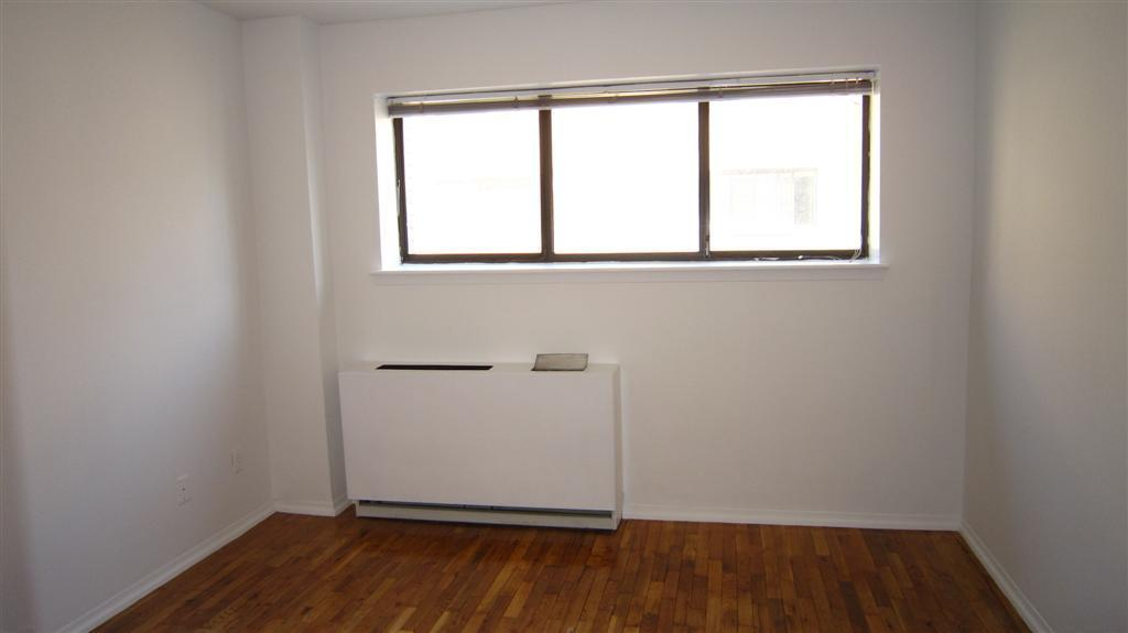 ★REAL 2BR 2BATHS★MULTI LEVEL★OPEN KITCHEN★BALCONY