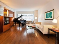 785 Fifth Avenue #2D